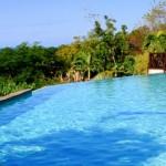 Vue sur mer des caraïbes de la piscine, hôtel***-restaurant Le Rayon Vert